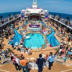"""5 Tage All In World Club Cruise auf MeinSchiff 2 mit """"Robin Schulz & Gestört aber GeiL"""" + Flug & Transfers ab 999€"""