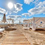 5 Tage im 5* Ushuaia Beach Hotel auf Ibiza inkl. Frühstück, Flug, Transfer & Zug zum Flug ab 481€ p.P.