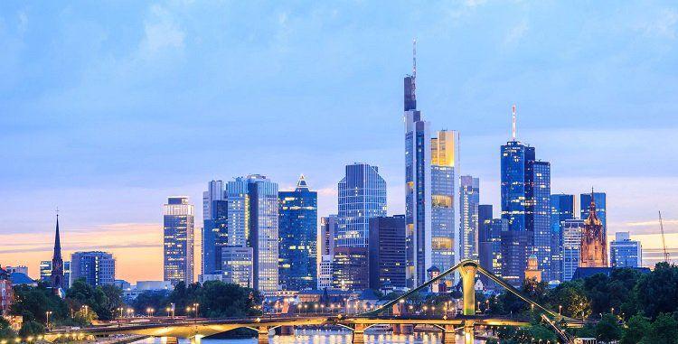 1   2 ÜN im 4,5* Hotel in Frankfurt am Main inkl. Frühstück und Bootstour ab 39€ p.P.
