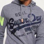 Superdry Sale mit bis zu 50% Rabatt + VSK-frei