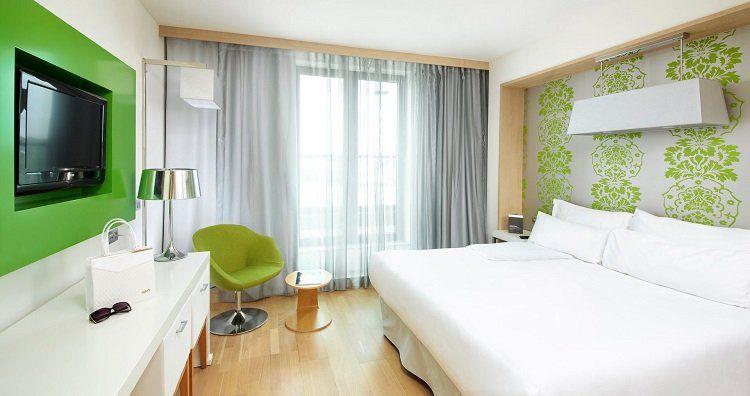 2   5 ÜN im 4* Hotel in Prag inkl. Frühstück, Sauna  und Fitnessnutzung, Willkommensgetränk und Zimmer Upgrade ab 99€ p.P.