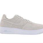 Nike Air Force 1 Ultraforce Light Bone Herren Schuhe für 46,99€ (statt 72€) – nur wenige Größen!