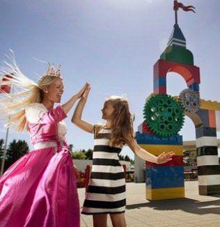 Legoland Billund Resort Familien Tagesticket ab 79,90€ (statt 160€)