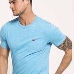 Verschiedene Superdry Shirts für Damen und Herren für 11,95€