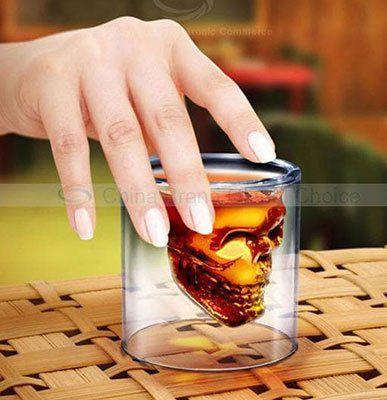 Totenkopf Glas für 0,84€