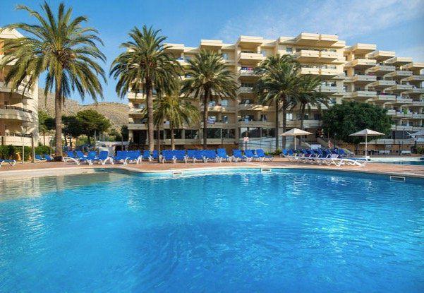 Error Fare: 1 Woche Mallorca im 3* Hotel mit All Inclusive Plus, Flug, Transfer & Zug ab 145€ p.P.