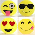 Verschiedene Emojii Plüschkissenhüllen (33x33cm) für je 2,15€