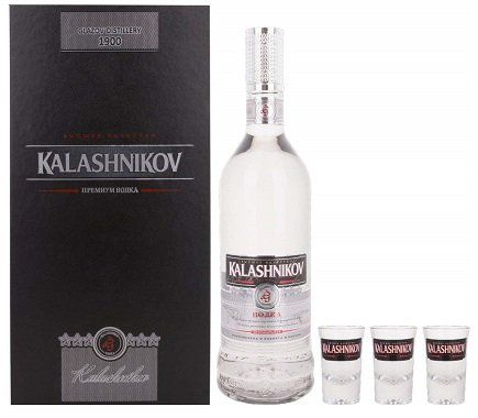Kalashnikov Original Wodka mit Geschenkverpackung und 3 Gläsern für 34,95€ (statt 51€)