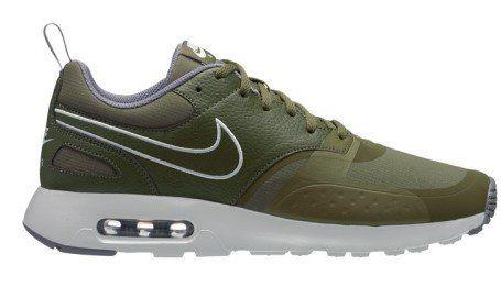 Nike Schuhe   Air Max Vision Tavas SE (40,44, 45.5) für 79,99€ (statt 90€)