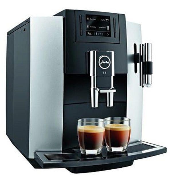 Jura 15084 E8 Kaffeevollautomat (Ausstellungsware) für 799,99€ (statt 855€)