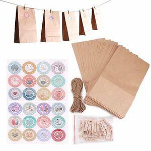 24 Papiertüten   Adventskalender zum Befüllen für 5,99€   Prime