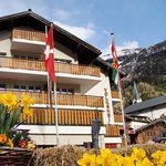 ÜN in den Walliser Alpen (CH) inkl. Frühstück, Thermalbäder, Sauna & Wellness für 46,96€ p.P.