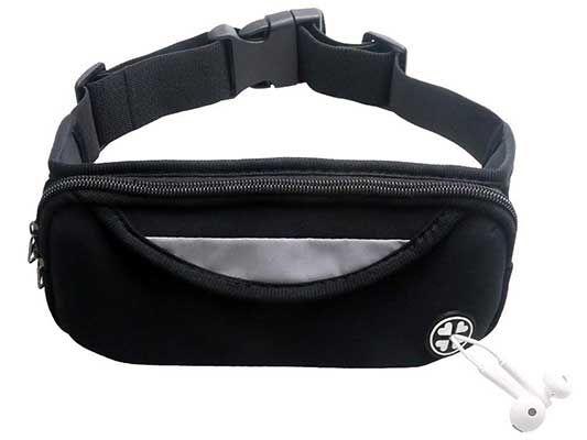 Leichte Lauftasche mit Kopfhöreröffnung für 6,99€   Primer