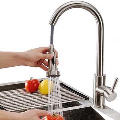 Homelody SD8025   360° drehbar Wasserhahn mit ausziehbarer Brause für 49,99€ (statt 75€)