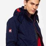 Superdry Jacken – verschiedene Damen und Herren Modelle bis 3XL für je 47,95€