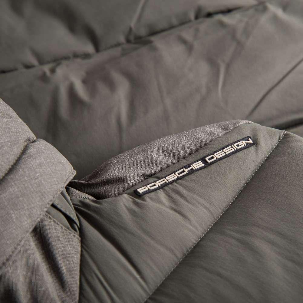 adidas Porsche Design Nylon Herren Daunenweste für 116,99€ (statt 160€)