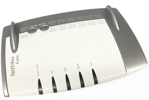 AVM FRITZ!Box 6490   graues Kabelmodem mit WLAN AC bis zu 1300 Mbit/s für 69€ (statt 159€) [B Ware]