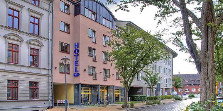 ÜN in Stralsund an der Ostsee inkl. Frühstück & mehr für 34,50€
