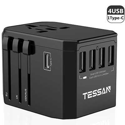 Universal Reisestecker mit 4 USB Ports & 1 Type C Port für 14,39€ (statt 24€)