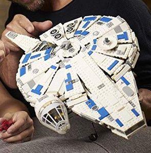 LEGO Star Wars   Kessel Run Millennium Falcon (75212) für 109,83€ (statt 122€)