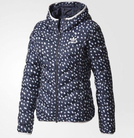 adidas Originals Slim Allover Print Damenjacke für 38,47€ (statt 55€)