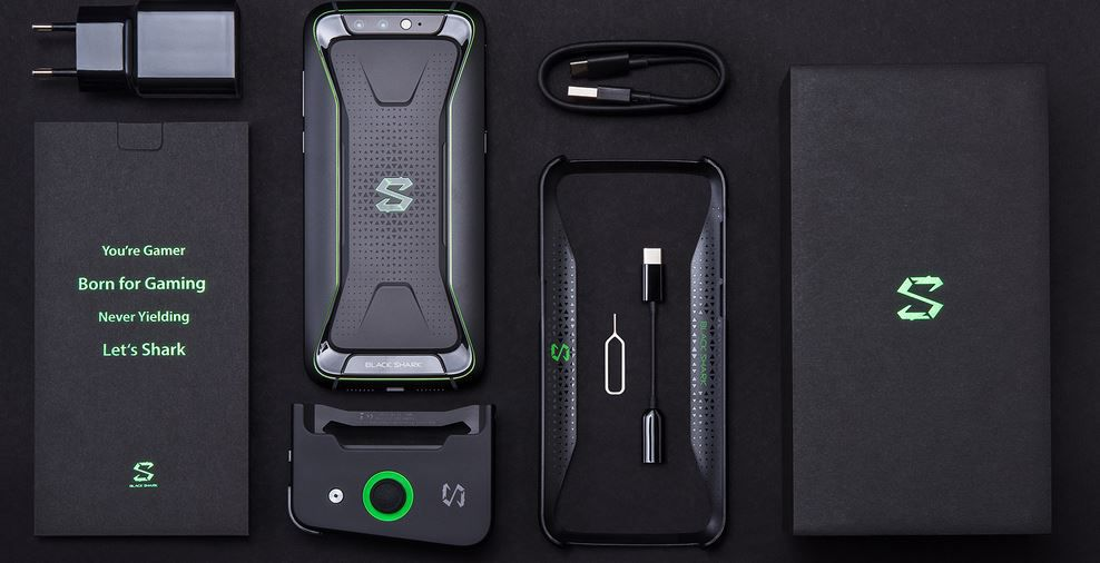 Xiaomi Black Shark   5,99 Zoll DualSIM Gamer Smartphone 8/128 GB Globale Version für 499€ (statt 562€)