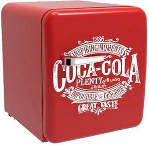 CUBES CC 138 MINICUBE COKE Kühlschrank mit EEK A+ für 179€ (statt 204€)