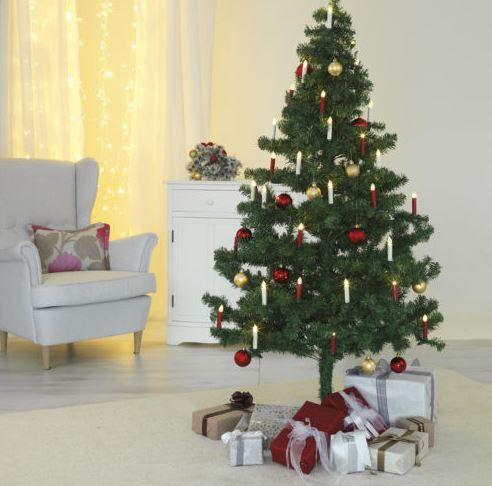 CHRISTmaxx Kerzenzauber   17 FB gesteuerte Weihnachtsbaum Kerzen mit Batterie für 19,99€ (statt 23€)