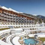 2 ÜN im 4*-Hotel in Tirol inkl. Halbpension Plus, Wellness-Nutzung, SPA-Gutschein & Prosecco + Pralinen ab 229€ p.P.