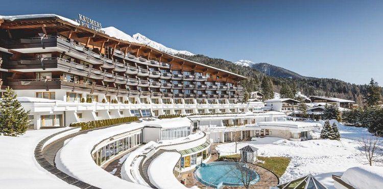2 ÜN im 4* Hotel in Tirol inkl. Halbpension Plus, Wellness Nutzung, SPA Gutschein & Prosecco + Pralinen ab 229€ p.P.