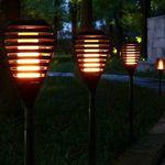 2er Pack: Solar LED-Gartenleuchte mit Flammeneffekt für 17,76€