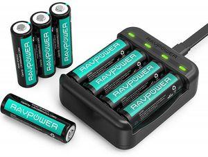 RAVPower Akkuladegerät (RP BC015) mit 8 AA Akkus für 15,99€ (statt 20€)