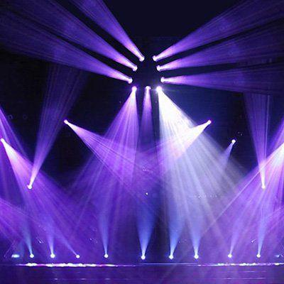 Lixada 90W 9LED RGBW Mini Dreieck Stagelight für 149,42€ (statt ~180€)