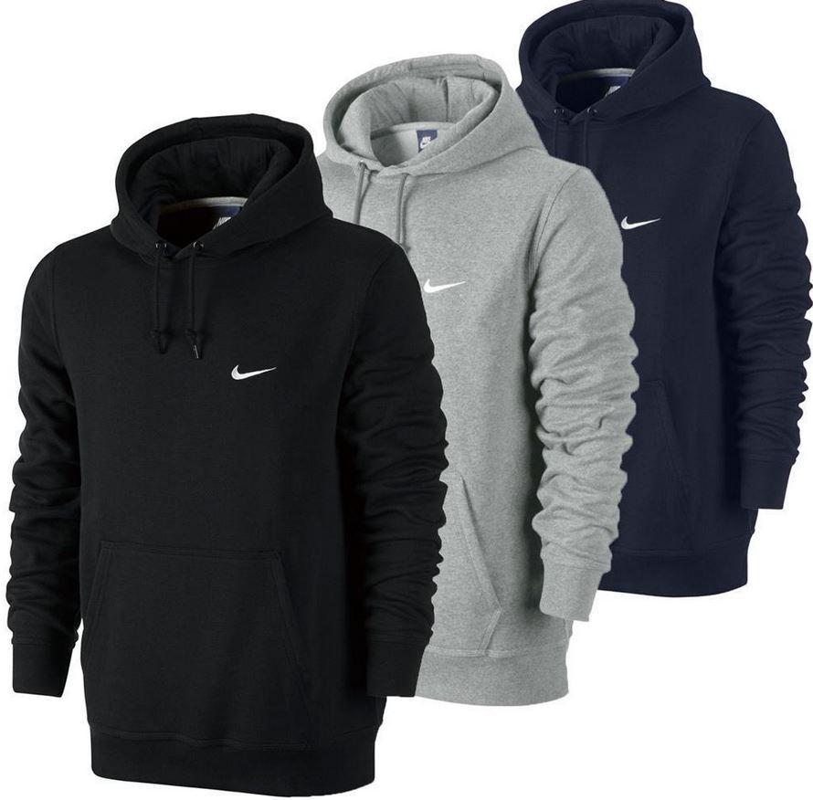 Nike Swoosh Club Herren Fleece Hoodies bis XL für je 34,99€ (statt 46€)