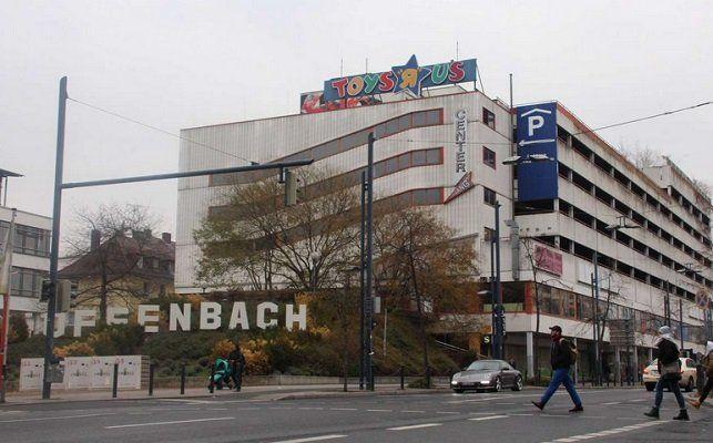 Offenbach: Bis Ende Dezember kostenlos parken im ToysRUs Gebäude