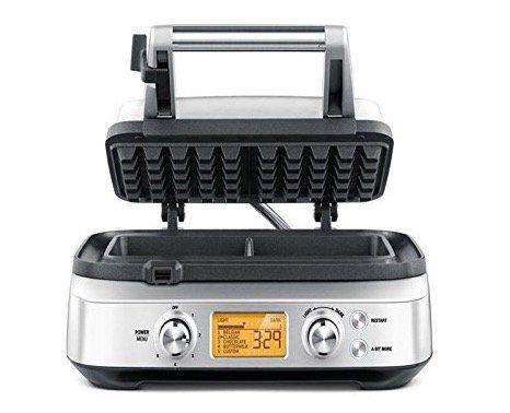 Sage Appliances SWM620 Waffeleisen mit 4 Teigeinstellungen für 129€ (statt 154€)