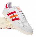 adidas Originals Moskva 350 Sneaker + Mütze für 50,88€ (statt 75€)