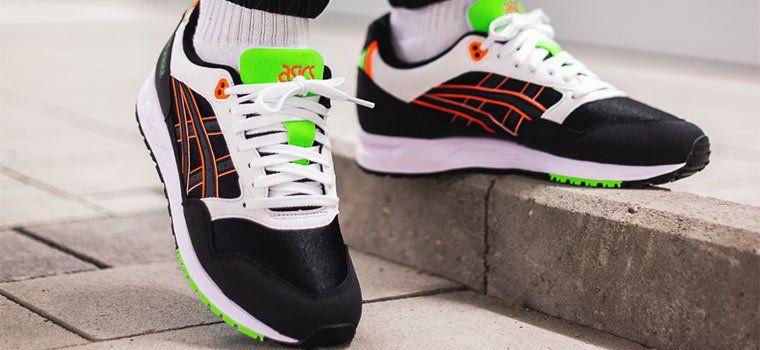 Asics Gel Saga Sneaker Black / Shocking Orange für 49€ (statt 60€)