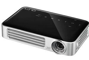 VIVITEK Qumi Q6   kompakter LED Beamer (max. 1280x800) für 529€ (statt 573€)