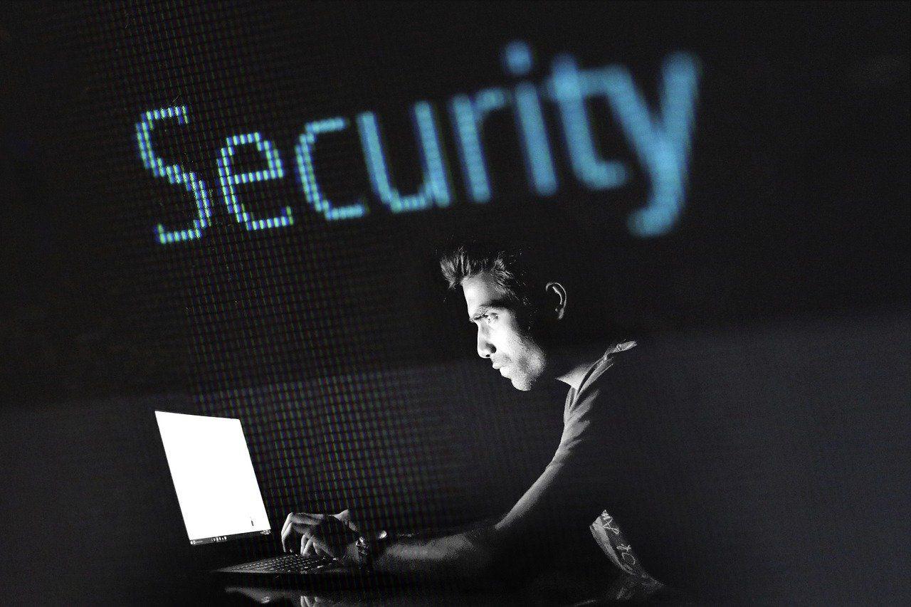 Ungeschützte Datenbank mit über 763 Millionen E Mail Adressen im Umlauf