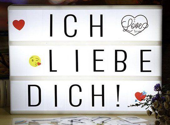 LED Retro Leuchtkasten inkl. 196 Zeichen mit Emojis für 9€ – Prime