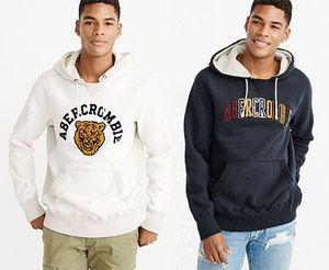 Abercrombie & Fitch Sweatshirt HERITAGE VARSITY LOGO POPOVER für 62,91€ (statt ~80€)