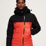😍 Superdry mit 50% Rabatt auf Schneekleidung + keine Versandkosten – z.B. Super Canadian Ski-Steppjacke für 174,98€ (statt 253€)