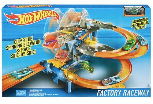 Hot Wheels Fabrik Rennbahn für 20,94€ (statt 30€)