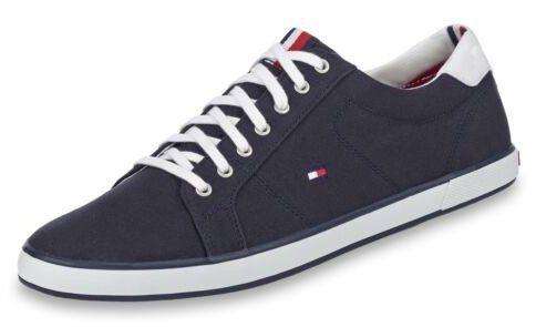 Tommy Hilfiger Herren lowcut Schuhe für 41,93€ (statt 56€)