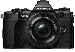 Olympus OM D E M5 Mark ll Systemkamera  mit Pancake Zoom Kit 14 42 mm für 888€ (statt 978€)