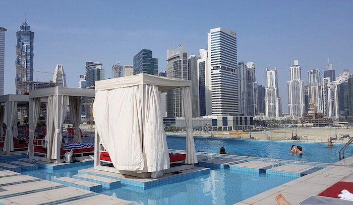 1 Woche Dubai im 5* Canal Central Hotel inkl. Frühstück + Flügen ab 550€p.P.