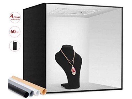 Fotobox in 60x60x24cm mit LED Beleuchtung mit 4 Farben für 49,99€ (statt 76€)
