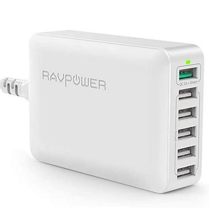 RAVPower RP-PC029 – 6-Port 60W Ladegerät mit QC 3.0 für 22,99€ (statt 29€)