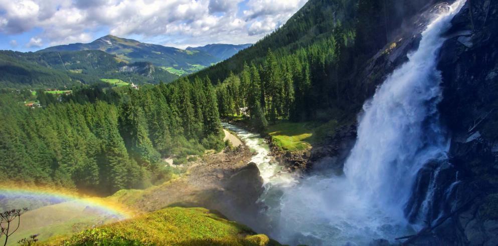 2 ÜN auf dem 4* Gutshof Zillertal am Hintertuxer Gletscher inkl. Verwöhnpension & Wellness ab 169€p.P.